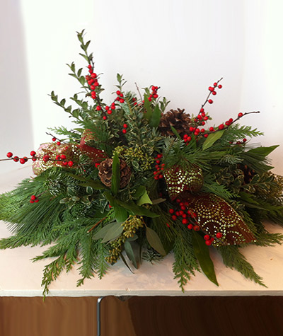 Berries And Pine Centerpiece Christmas Flowers Castle